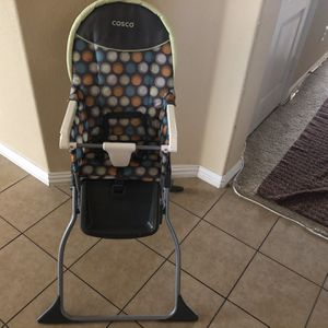 High Chair Excellent Condition for Sale in Grand Prairie, TX