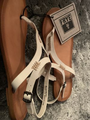 Frye, leather sandals/flats, size 8M for Sale in Alexandria, VA