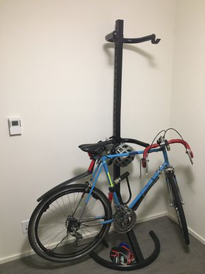 Volkscycle 10 speed and free standing bike rack for Sale in Seattle, WA