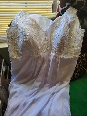 Wedding dress size 24 for Sale in Aberdeen, MD