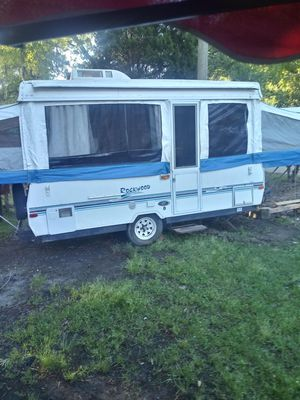 2200 everything work. Sink stove ac. With 2 king beds for Sale in North Charleston, SC