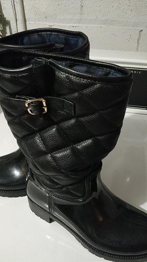 Rain boots size 8 for Sale in Elmhurst, IL