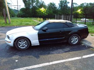 2005 MUSTANG DROP TOP for Sale in St. Louis, MO