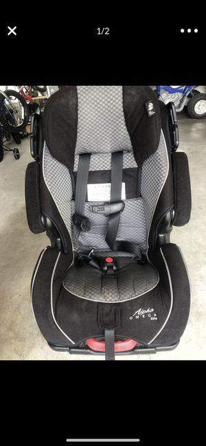 Omega elite car seat. I have 2 for Sale in Mission, TX