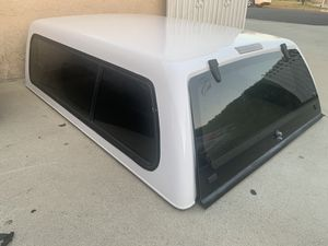 LEER 100XR ranger camper shell. Short bed 1986 to 2014 for Sale in Duarte, CA