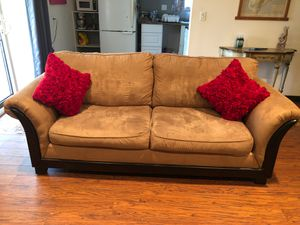 Brown Suede Couch for Sale in Mountain View, HI