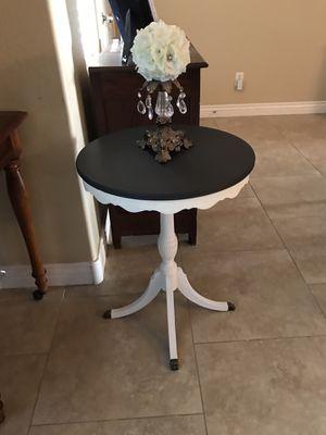 Antique Table for Sale in Surprise, AZ