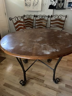 """47"""" Round solid wood kitchen table for Sale in Portland, OR"""