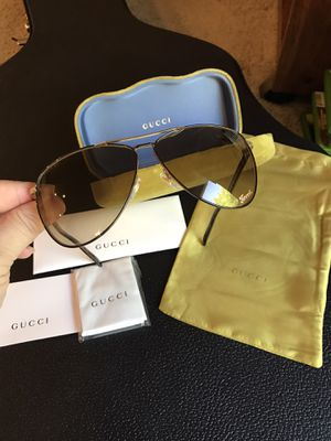 Gucci Aviator Sunglasses/Best 62mm, authentic 💯beautiful and stylish design for Sale in Kent, WA