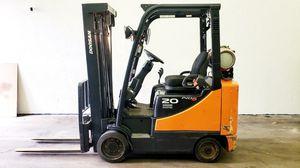 2014 Doosan 4000lb Forklift for Sale in Phoenix, AZ