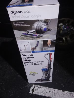 Dyson ball Total Clean Origin for Sale in Lynwood, CA