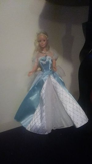 SLEEPING BEAUTY BARBIE for Sale in Baltimore, MD
