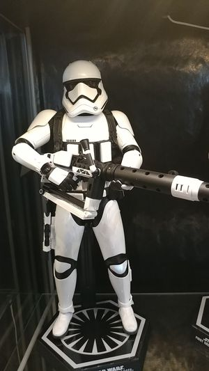 Hot toys first order heavy gunner for Sale in Las Vegas, NV