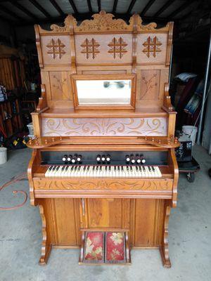 Pump organ for Sale in Cuero, TX