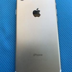 iPhone 7 32gb T-Mobile Or Metro for Sale in Tampa, FL