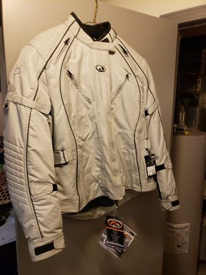 Womens Motorcycle jacket new. Never worn. for Sale in Galloway, OH