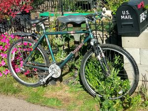 """26 """" 850 Trek mountain xc track bike in good condition asking$200 for Sale in Woodburn, OR"""