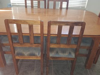 7 Piece Kitchen Dining Table (6 Chairs And Table) for Sale in Stockton,  CA