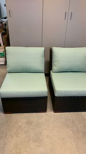 New outdoor chairs with cushions for Sale in Fresno, CA