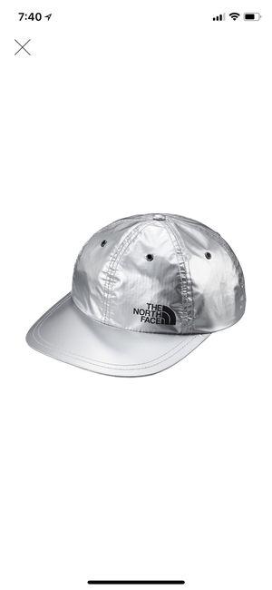 Supreme x The North Face 6-panel hat/cap for Sale in Miami Beach, FL