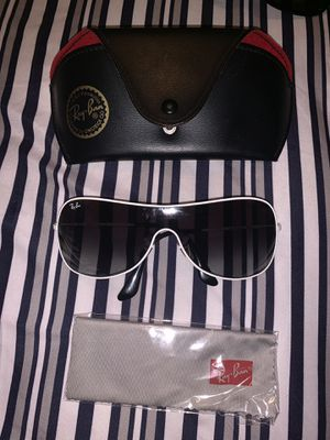 Rayban 3211 sunglasses for Sale in New York, NY
