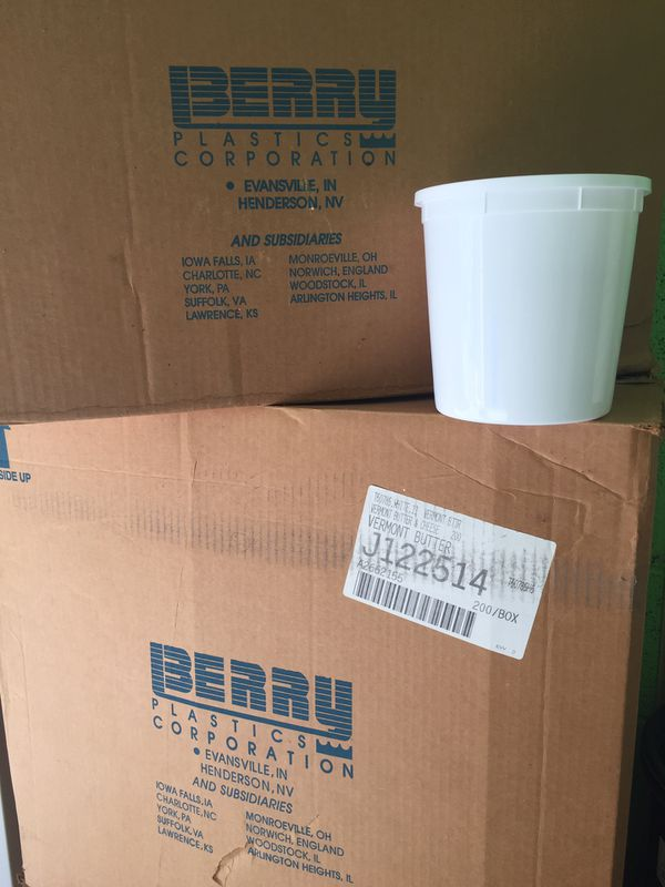400 food grade plastic containers