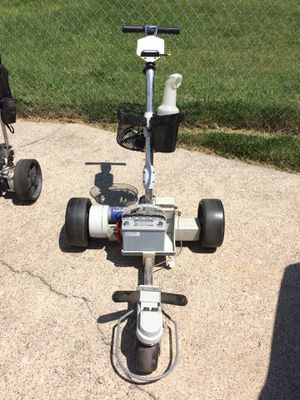 Kangaroo remote golf cart. I have an older model cart that goes with the Kangeroo at no extra charge. for Sale in Ashland, KY