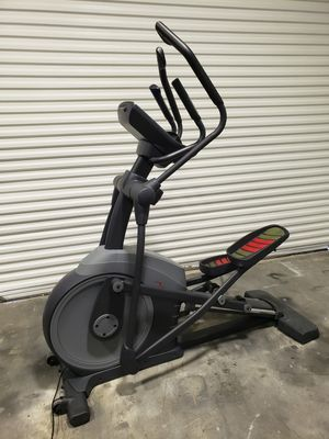 Freemotion 545 Elliptical for Sale in Clearwater, FL