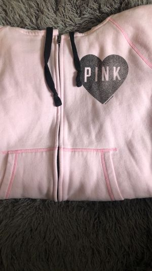 *Going to Goodwill* PINK VS Hoodie for Sale in Hillsboro, OR