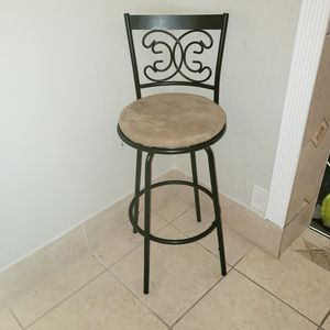 Bar stool for Sale in Hallandale Beach, FL