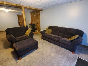 "3piece set ALL drk blue microfiber (full size couch, oversized ""chair and 1/2"", & ottoman for Sale in Mount Airy, MD"