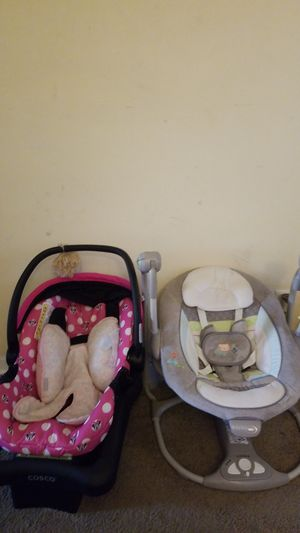 Baby swing and car seat for Sale in Nashville, TN
