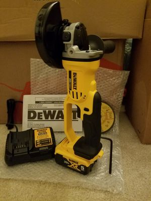 New dewalt 20v MAX grinder kit for Sale in Ashburn, VA