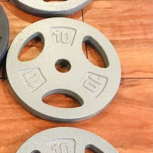 """30 lb cast iron weight plates fits all 1"""" bars for Sale in Anaheim, CA"""