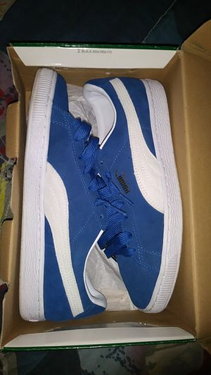 Blue sued pumas SIZE 7/12 for Sale in Boston, MA
