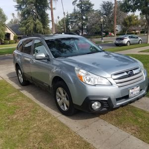 2013 Subaru outback 3.6R for Sale in Fresno, CA