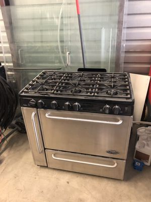 Gas stove great condition for Sale in Cypress, TX