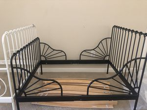 Twin bed frame for Sale in Maineville, OH
