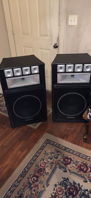 Pro studio 15 inch speakers for Sale in Decatur, AL