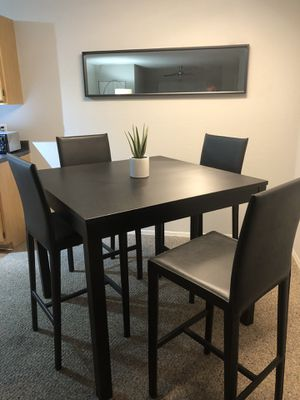 Modern Dinning Set!! for Sale in Winter Park, FL