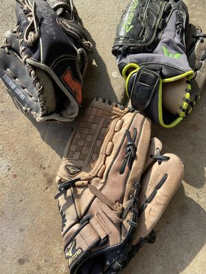 Adult size baseball gloves Easton Mizuno McGregor for Sale in Cerritos, CA