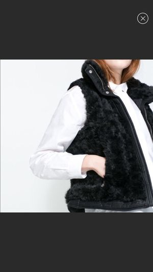Zara Faux Fur Vest with Leather Trimming for Sale for sale  Columbus, OH