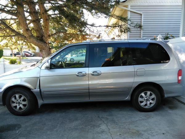 2005 Kia Sedona minivan Reduced