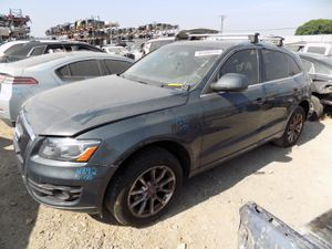 2011 Audi Q5 2.0L (PARTING OUT) for Sale in Fontana, CA