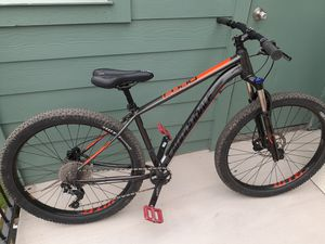 Cannondale cujo 2 27.5+ 2018 for Sale in Irving, TX