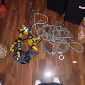 3M Sala I Safe Harness With Lead and Climb Rope for Sale in Kent, WA
