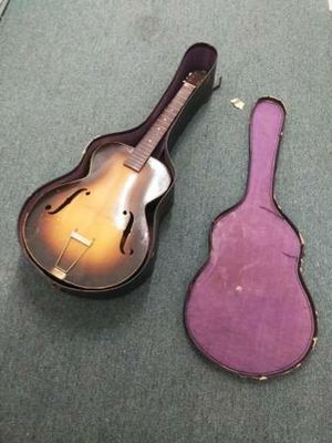 Vintage Kay Arch Kraft Acoustic Archtop Guitar with Case DAmage on back and side for Sale in Irvine, CA