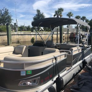 """23"""" 2017 GS Rear Fish Avalon Tritoon for Sale in St. Cloud, FL"""