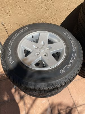 Wheels and Tires 2017 Jeep Wrangler for Sale in Hialeah, FL