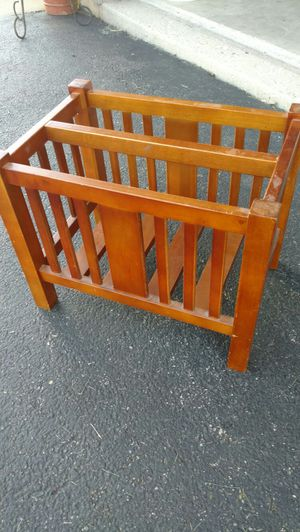 BOOK or MAGAZINE RACK for Sale in McHenry, IL